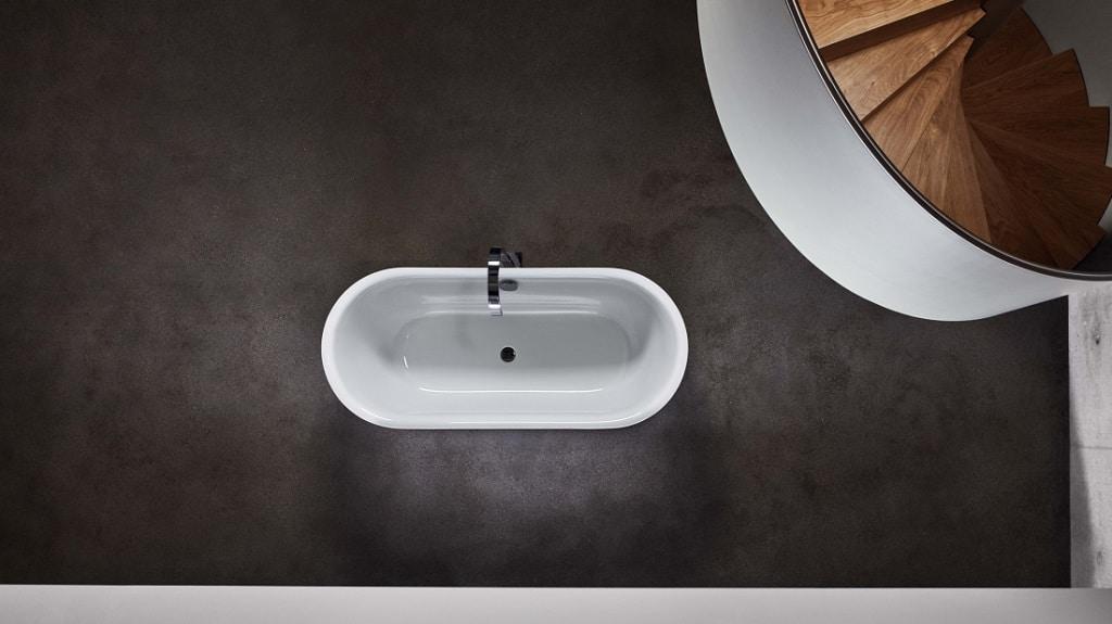 Bette Lux Oval Silhouette & Couture Enamel Steel Freestanding ...